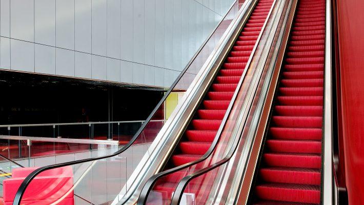 UKK:s 32 meter långa rulltrappa