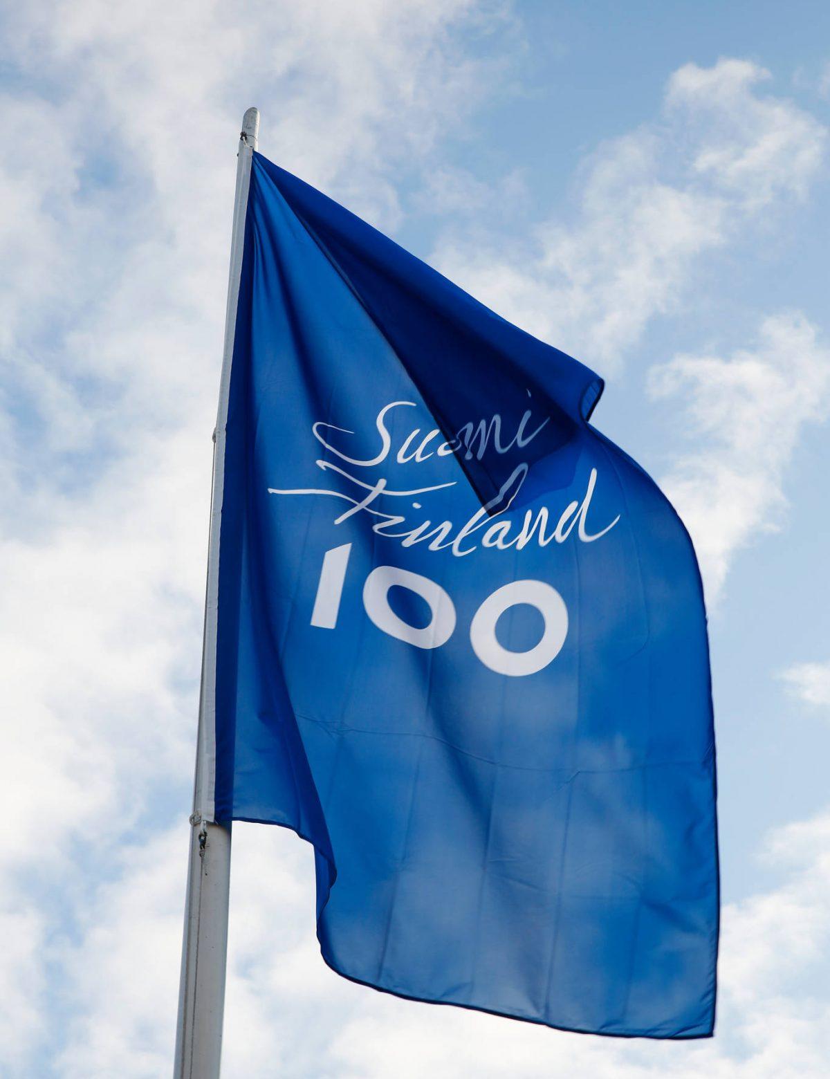 100 bilder grattis Grattis Finland 100 år   Onnea Suomi 100 vuotta!   Uppsala Konsert  100 bilder grattis