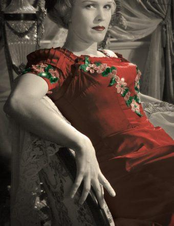 Bergman i taket - en utställning av kostymer från Fanny % Alexander och andra verk av Ingmar Bergman.