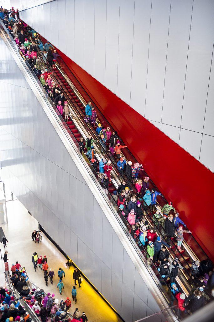 Children on the escalator. Photo: Joachim Lundgren